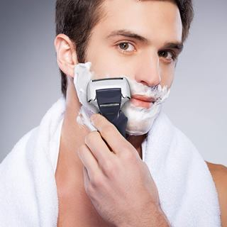 Wet shave with Panasonic arc 4