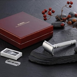 Feather All Stainless Steel Double-Edge Razor