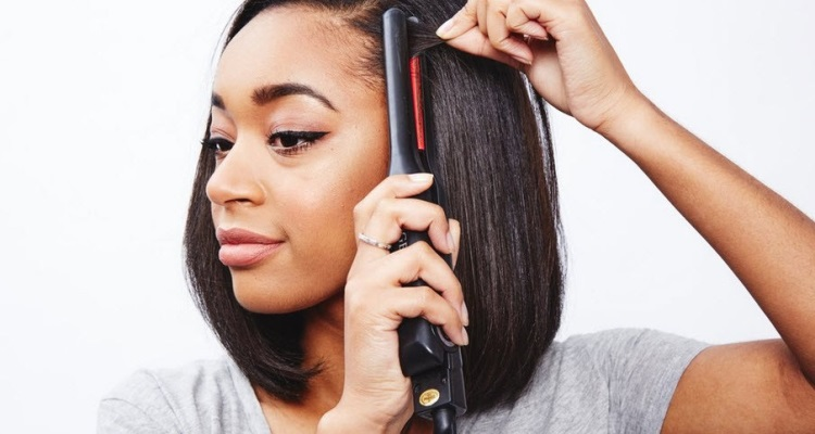 The Best Flat Iron For Short Hair 5 Of The Top Mini Straighteners Getarazor