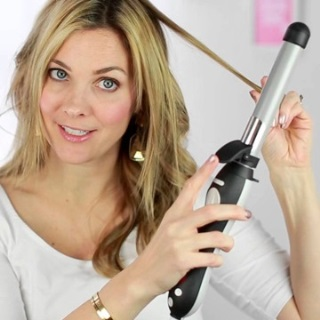 The Beachwaver Co. S1 Curling Iron