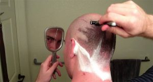 7 Best Razors for Shaving Head in 2021: Reviews & Buying Guide